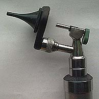 Otoscope with small cone for small animals