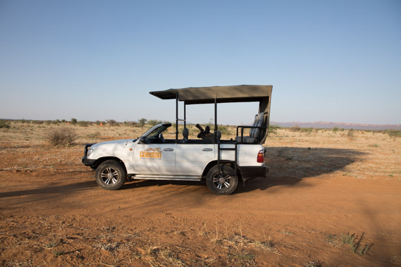 Cheetah-conservation-fund-vehicle-landcruiser-toyota