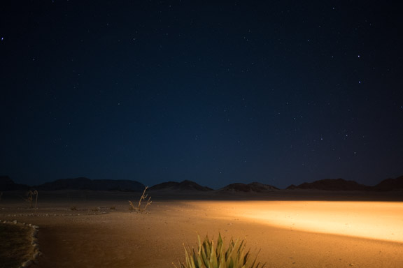 Namibia-sossusvlei-hotel-le-mirage-night-light-relfection
